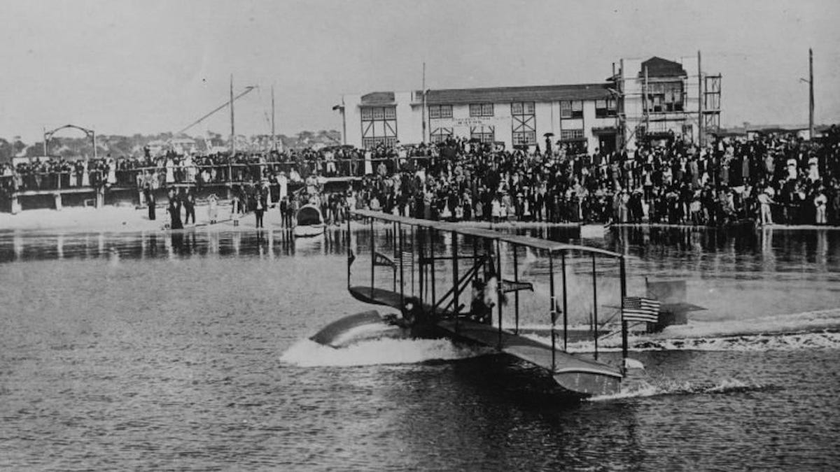 First commercial airplane takeoff run, January 1, 1914